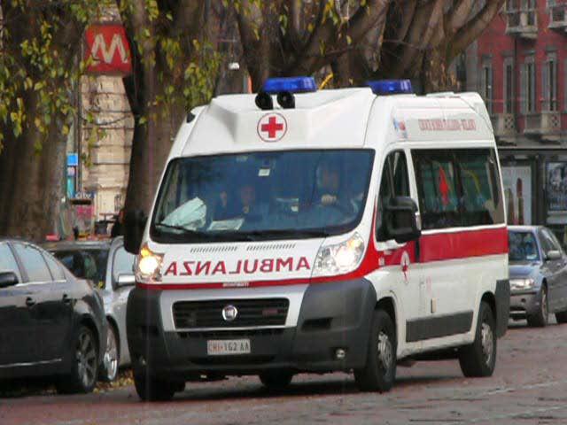 Farindola: cade dal trattore, pensionato trasferito d'urgenza a Pescara