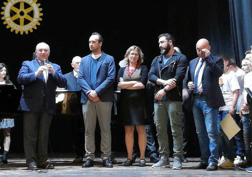 ISTITUTO COMPRENSIVO DI PIANELLA TRIONFA AL CONCORSO ROTARY DI ATRI