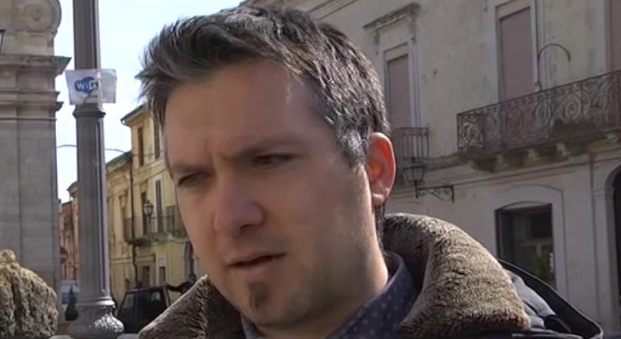 """EMERGENZA """"COVID-19""""- IL SINDACO DI CATIGNANO VALENTINI SCRIVE AL PRESIDENTE CONTE: I COMUNI HANNO BISOGNO DI LIQUIDITA' VERA"""