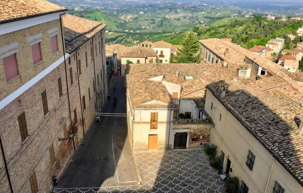 """PENNE: PROGETTO """"INVITO"""" OSPITALITÀ DI CHARME NEL CENTRO STORICO   Il nuovo progetto turistico definirà un nuovo standard per la ricettività nelle Terre Vestine e nella Regione Abruzzo"""