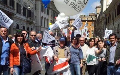LE LEZIONI IN ASSENZA UN'IPOTESI DA CONSIDERARE  Carlo Frascari, Snals Abruzzo, preoccupato per il momento che vive la scuola con la ripresa dei contagi